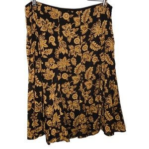 Jones of New York long skirt.  Size large brown